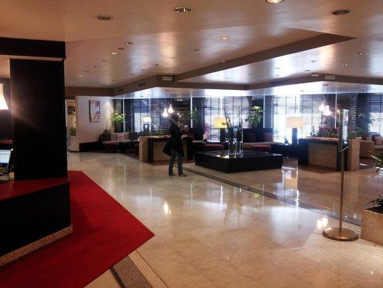 Husa President Park : Lobby