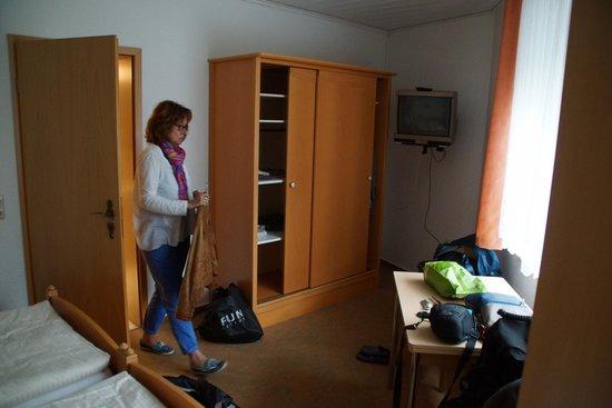 Hotel Auerhahn : Schrank