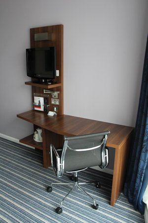 Holiday Inn Express Manchester City Centre Arena: Номер