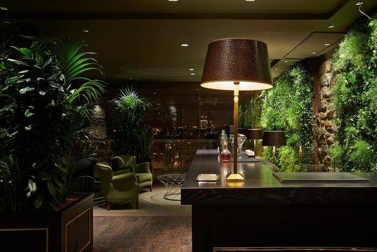 "Castillo Gorraiz Hotel Golf & Spa: ""La Veranda"" Gastrobar. Detalle"