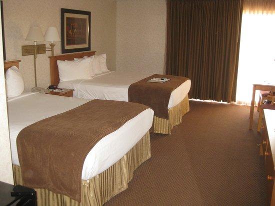 Best Western Ramkota Hotel: Room