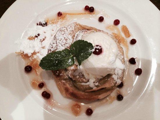 Teplo: Double layered Apple Flan with vanilla ice cream and orange sauce