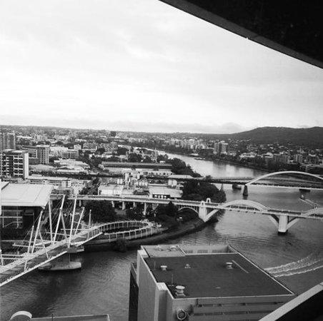 Meriton Suites Herschel Street, Brisbane: view from the 17th floor