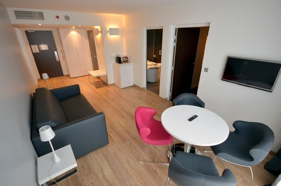 Holiday Inn Dijon Toison d'Or : Suite