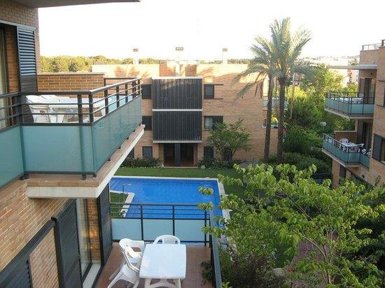 Pierre & Vacances: Pool area