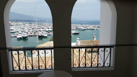 Benabola Hotel & Apartments: View from our suite