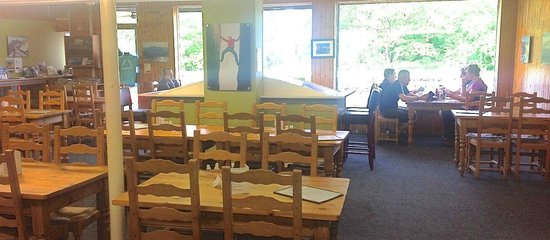 The Moel Siabod Cafe: Large dining area