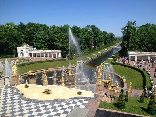 Schloss Peterhof: фонтаны.нижний парк