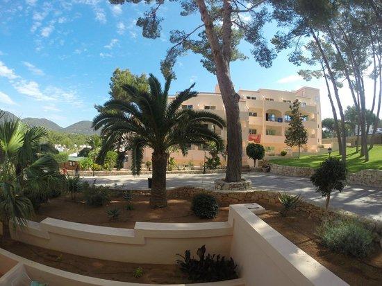 Invisa Hotel Club Cala Blanca: Utsikt från rummet