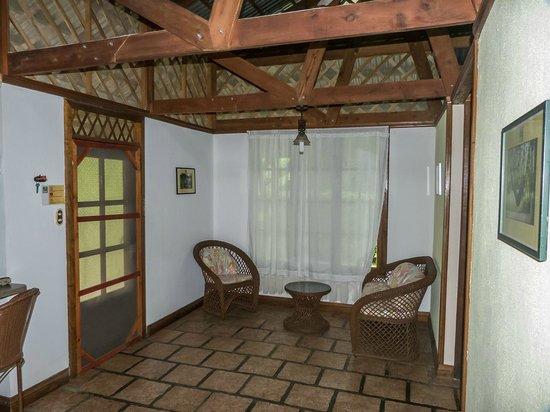 Siatami Lodge: salita de entrada