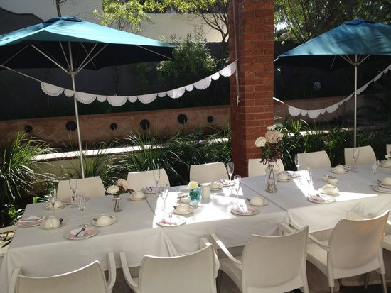 The St. James on Venice: Courtyard