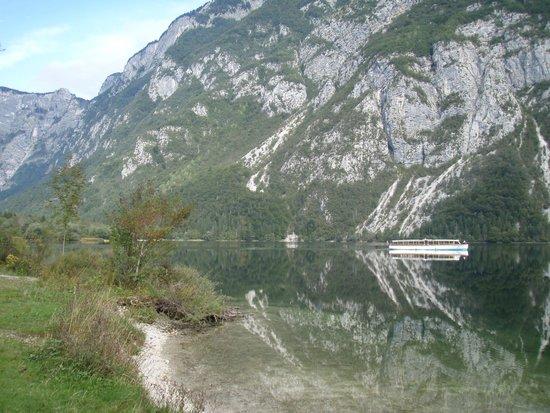 Bohinj ECO Hotel: Bohinj Lake