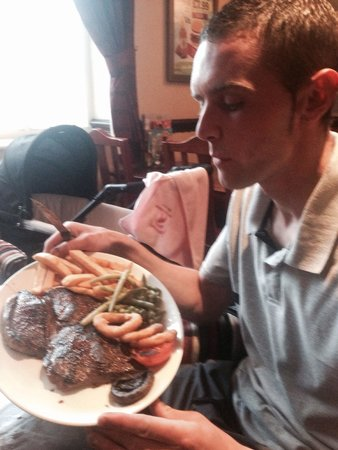 Gypsy Queen: 20 oz steak £13 with drink included!! Mmm