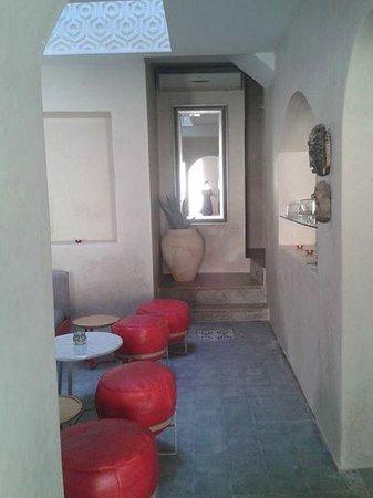 Mezzanine Fez: Entrance Mezzanine