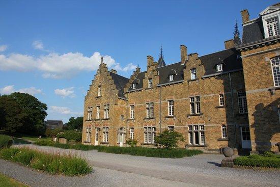 Chateau de la Poste : Aussenansicht des Hotels