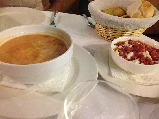 Taberna Luque: Gaspacho - Salmorejo
