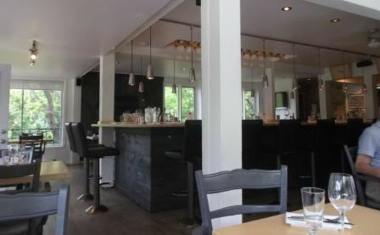 Adele Bistro: view inside