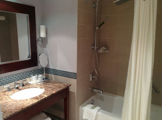 Westin Reston Heights: Sink