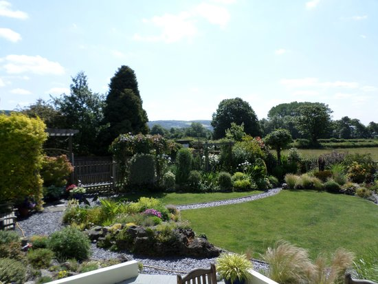 Strawberry Line Bed and Breakfast: Beautiful view