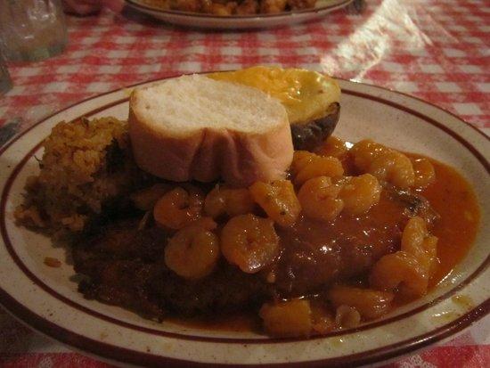 Pont Breaux's Cajun Restaurant: crawfih étouffé