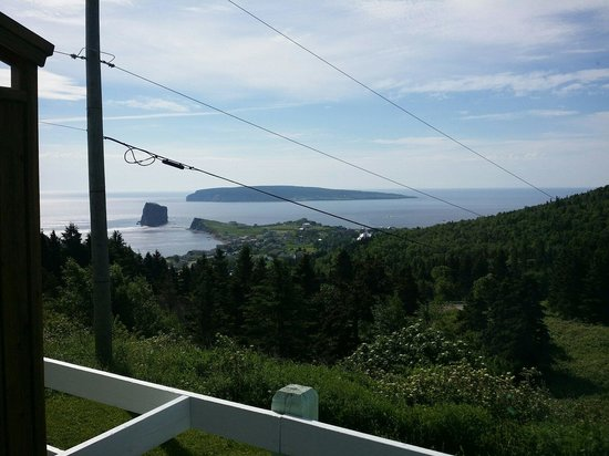 Percé Au Pic de l'Aurore : View from my room every morning. What a great experience.