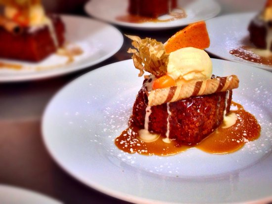 The Butchers Arms: Sticky toffee pudding