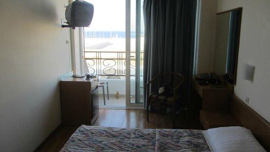 Hotel Hermes: Room