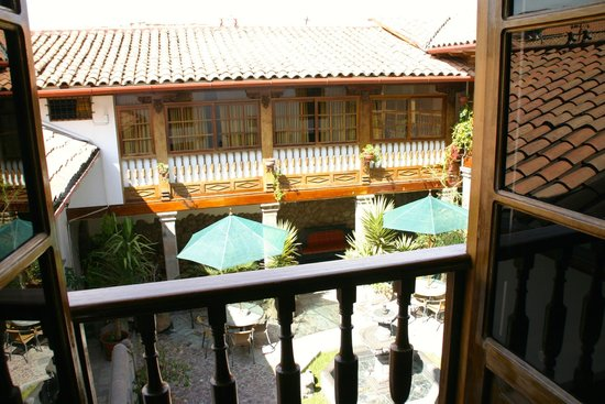 Hotel Rumi Punku: one of the courtyards