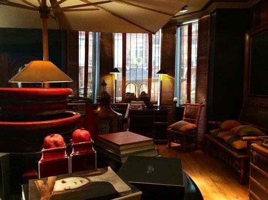 Blakes Hotel: hall