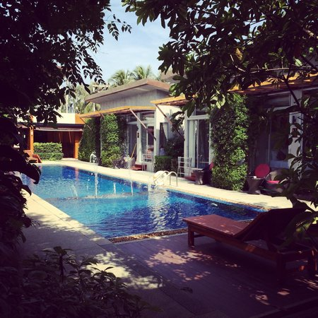 Phu NaNa Boutique Hotel: Beautiful rooms around the swimming pool