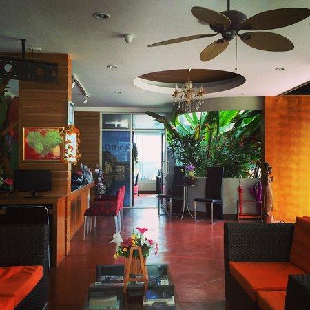 Phu NaNa Boutique Hotel: The reception area