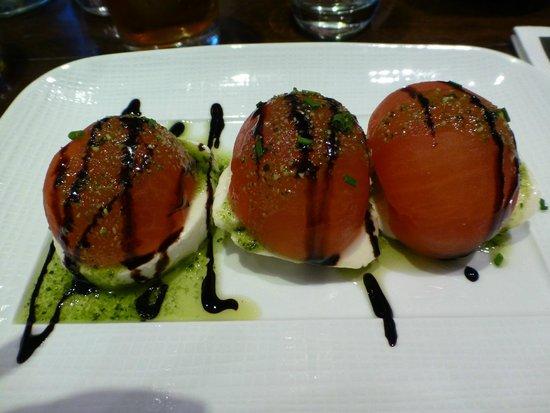 Le Passy: tomates mozzarella