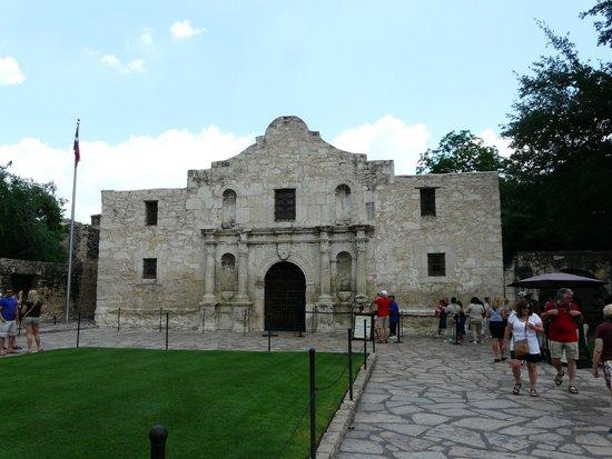Inside The Alamo Picture Of The Alamo San Antonio