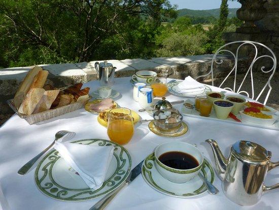 Chateau de la Treyne: le petit déjeuner: un vrai régal