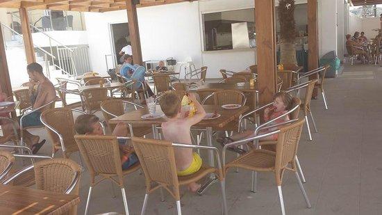 Sun Palace Hotel : waterpark snack bar