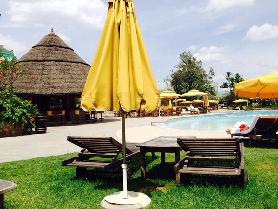 Sheraton Addis, a Luxury Collection Hotel: Addis pool