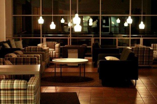 Anttolanhovi: лобби отеля