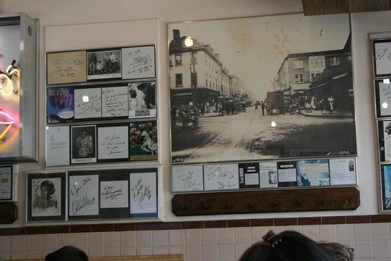 Jim's Steaks South St. : interno del locale