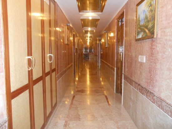 Hotel Shilton By Royal Collection Hotels : Lobby