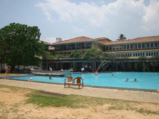 Heritance Ahungalla: The Main Pool