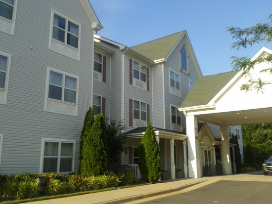 Country Inn & Suites by Radisson, Washington Dulles International Airport, VA : Side