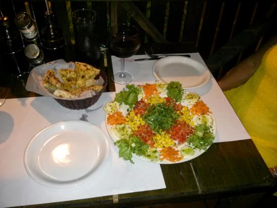 Ciao Pizza: Didn't get photo of the pizza, but here's their salad