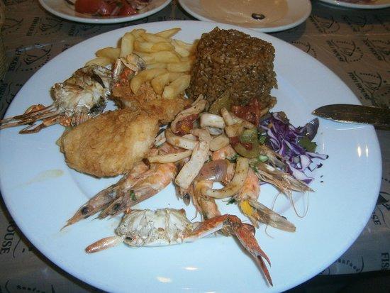MinaMark Beach Resort : ужин в рыбном ресторане