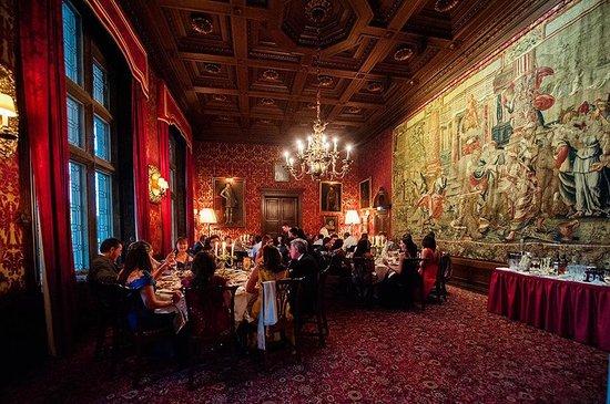 Schlosshotel Kronberg: The Red Salon