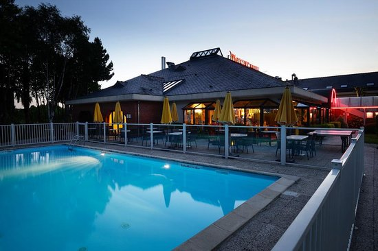 Hotel Mercure Lisieux : piscine