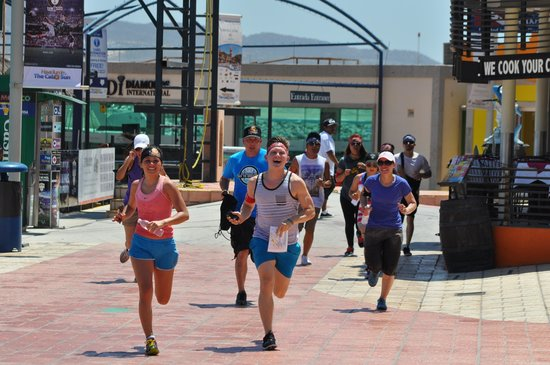 A-maze-in Cabo Race: These teams are RACING towards their next FUN FILLED Challenge!!