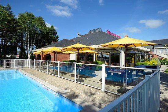 Hotel mercure lisieux voir les tarifs 193 avis et 74 photos for Piscine lisieux