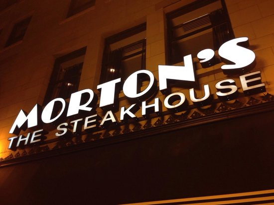 Morton's The Steakhouse - Chicago - Wacker Place: Frente
