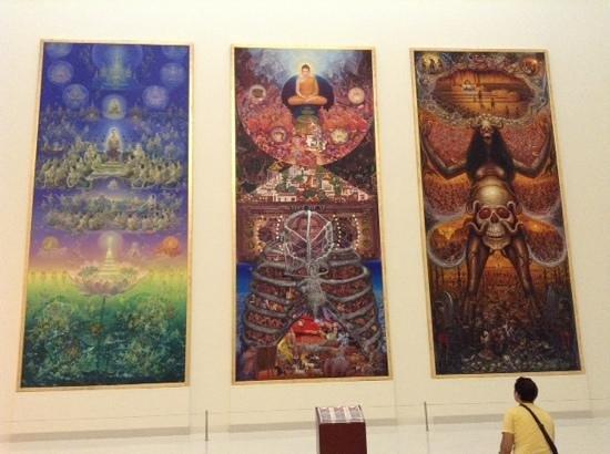 Museum of Contemporary Art (MOCA): рай, земля и ад
