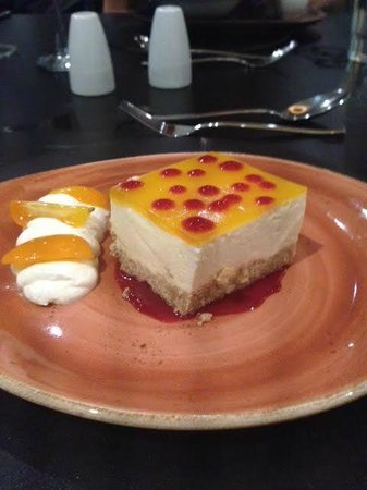 The BEST WESTERN PLUS Samlesbury Hotel: Passion Fruit Cheesecake